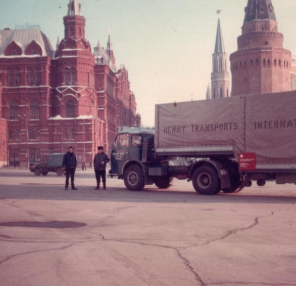 Henny au pays des Soviets - 1